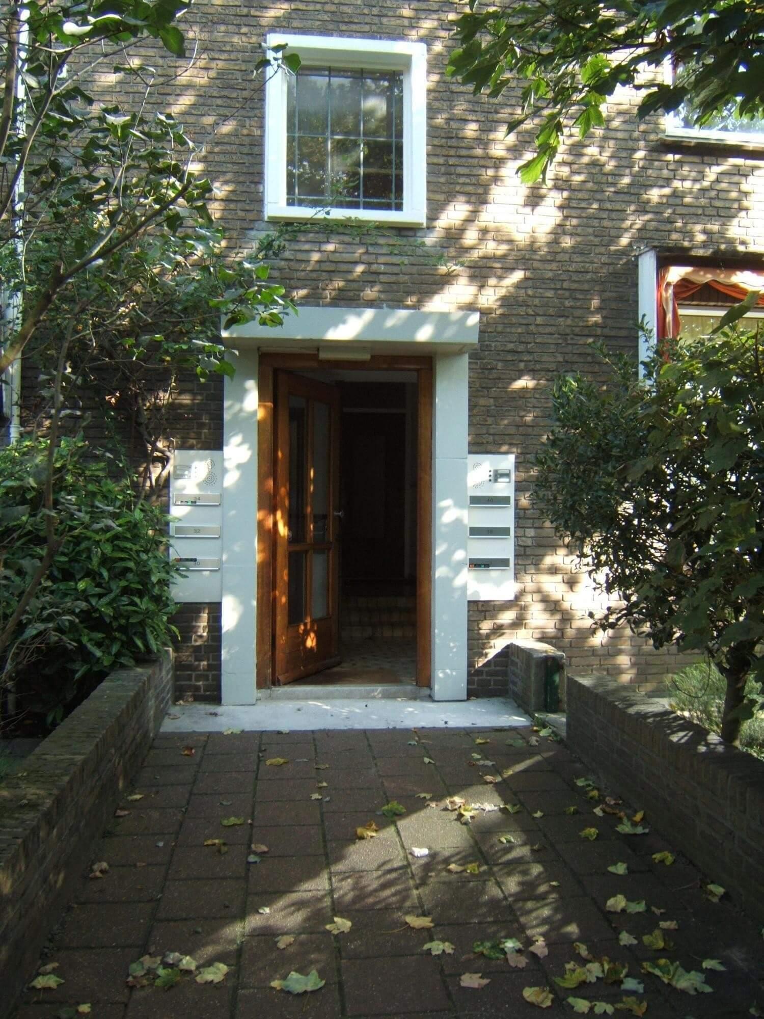 Amalia van Solmsstraat 38